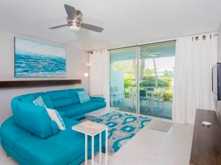 SILVER SANDS-UNIT #36 - Seven Mile Beach vacation rentals