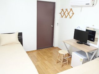 Cozy, clean and warm house for friendly guest! - Seoul vacation rentals