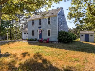 Bright & Recently Refurbished 4BR Colonial Salt Box Home in Cape Cod w/ Many High-End, Custom Features! - South Chatham vacation rentals