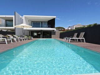 Villa Pinheiro - Luxury 5 bedroom villa - Vilamoura vacation rentals