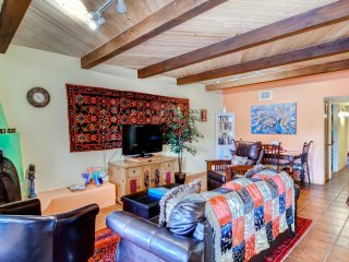 'Casa de la Rosa' - 2BR Santa Fe Condo w/ Large Balcony Offering Beautiful Mountain Views - Santa Fe vacation rentals