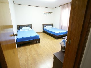 Seogwipo minjoonggak Bad room3 - Seogwipo vacation rentals