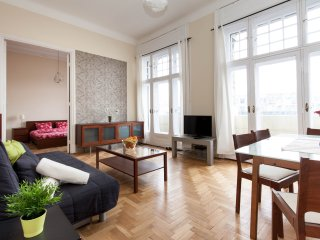 One-Bedroom Apartment - Budapest vacation rentals