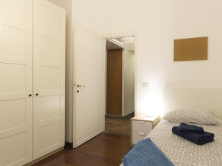 Typical 2-BR Apt in Trastevere - Roma vacation rentals