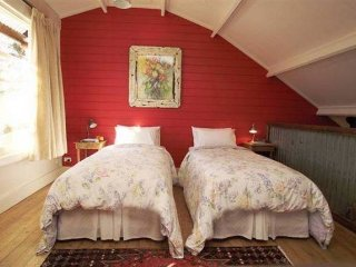 Old Leura Dairy: Buttercup Barn - Leura vacation rentals