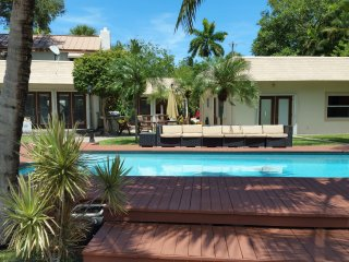 Ft. Lauderdale Waterfront Estate - Walk to Beach! - Fort Lauderdale vacation rentals