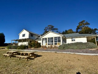 26 bed luxury group accommodation on acreage - Berrima vacation rentals