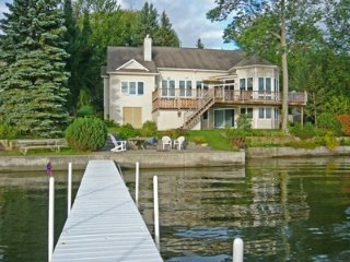 Bright 5 bedroom Honeoye Lake House with Internet Access - Honeoye Lake vacation rentals