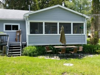 Perfect 2 bedroom Hammondsport House with Internet Access - Hammondsport vacation rentals