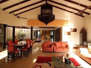 Bright 4 bedroom Villa in Nashik with Internet Access - Nashik vacation rentals