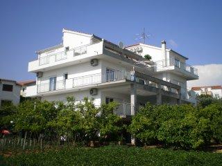 Vacation rentals in Ciovo Island