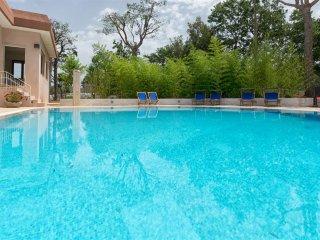 Villa Pino, Classic Collection, self catering with pool in Puglia | Raro Villas - Monopoli vacation rentals