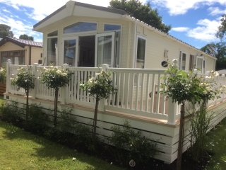2 bedroom Caravan/mobile home with Television in Christchurch - Christchurch vacation rentals