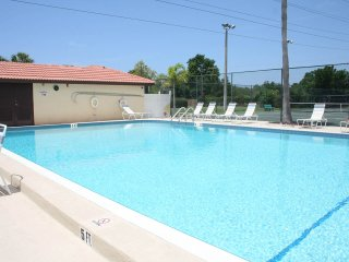 CLEARWATER FL 2 Bedroom 2 Bathroom Furnished Condo - Clearwater vacation rentals