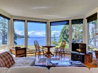 Pacific Coast Beach House - Oceanfront 3 Bedroom home with Stunning Views - Sooke vacation rentals