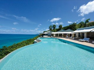 Luxurious 5 bedroom oceanfront Estate with breathtaking views - Terres Basses vacation rentals