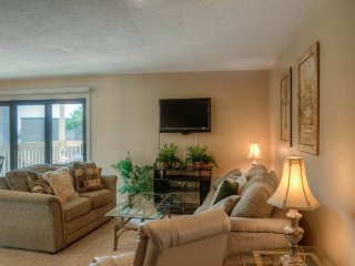 2 bedroom Condo with Deck in Myrtle Beach - Myrtle Beach vacation rentals