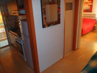 Spacious Studio with kitchen wifi washing machine - Loutraki vacation rentals