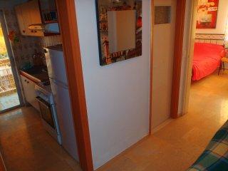 Spacious Studio with kitchen wifi washing machine - Loutraki vacation rentals