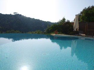 Appartement Magnolia 3 pièces dans Villa Pagnol - Cagnes-sur-Mer vacation rentals