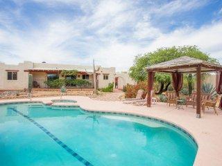 Hacienda on 4 acres close to Town, Nat Park & Golf - Tucson vacation rentals