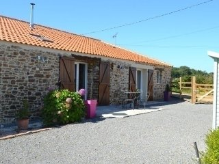 Nice House with Internet Access and Television - Port-Saint-Père vacation rentals