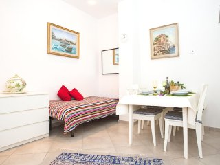 "Appartamento ""Silvia"" - Mondello vacation rentals"