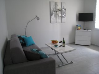 Lovely new studio in the Centre of Cannes - Cannes vacation rentals