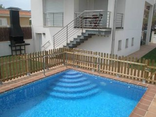 Fantastic house with heated pool (28º) - Sant Carles de la Ràpita vacation rentals