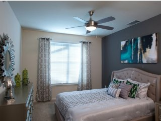 Furnished 2-Bedroom Apartment at Bozeman Dr & Clara Dr Plano - Plano vacation rentals