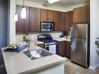 Furnished 1-Bedroom Apartment at Old Connecticut Path & Riverpath Dr Framingham - Framingham vacation rentals