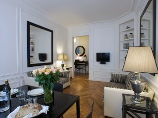 Invalides / Saint Germain Luxury Two Bedroom - Paris vacation rentals