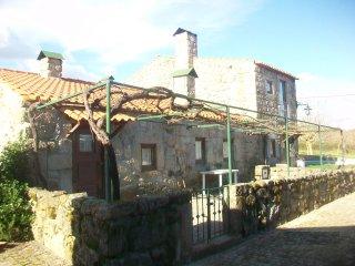 Casa em Aldeia de Origem Mediaval - Viseu vacation rentals