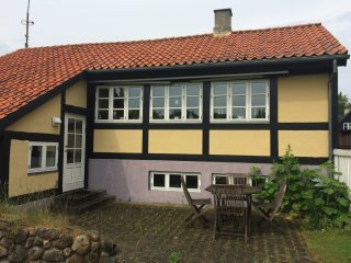 Cute house outside Roskilde next to the beach - Roskilde vacation rentals