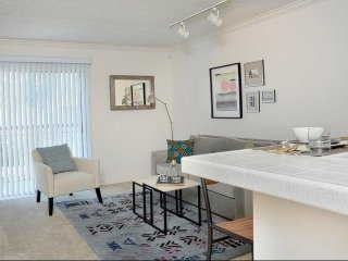 Furnished 1-Bedroom Apartment at Victory Blvd & Randi Ave Los Angeles - Bell Canyon vacation rentals