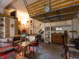 Casa Preziosa, a cozy loft with a warm feeling - Rome vacation rentals
