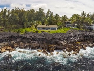 Oceanfront Alohahouse-Live on the Edge of Pacific! - Keaau vacation rentals