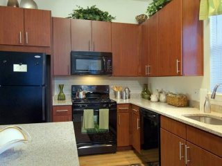 Furnished 3-Bedroom Apartment at Pinehills Dr & Market Crossing Plymouth - Manomet vacation rentals