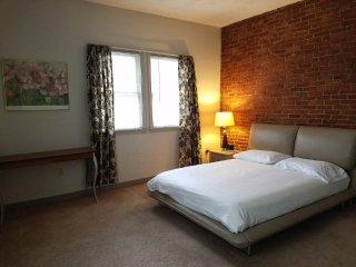 Harvard Square 1 Bedroom Furnished Apartment - Cambridge vacation rentals