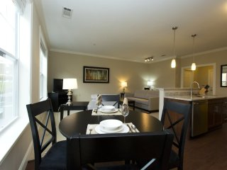 Furnished 2-Bedroom Apartment at Main St & Colt Hwy Cutoff Farmington - Farmington vacation rentals
