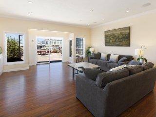 Furnished 2-Bedroom Condo at Webster St & Green St San Francisco - San Francisco vacation rentals