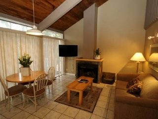Banff Tunnel Mountain Resort Charming 2 Bedroom Mountain Cabin - Banff vacation rentals