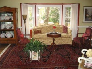 Beautiful 3 bedroom home in McLean - McLean vacation rentals