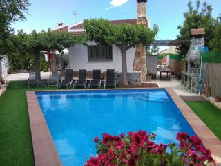 Nice Villa with Internet Access and A/C - Creixell vacation rentals