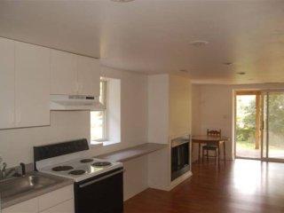 Furnished 2-Bedroom Apartment at MacArthur Blvd & Windward Pl Bethesda - Bethesda vacation rentals