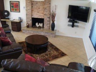 Furnished 3-Bedroom Home at W Romneya Dr & N Maple St Anaheim - Anaheim vacation rentals