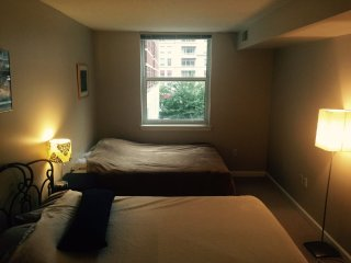 Furnished 2-Bedroom Apartment at Wilson Blvd & N Randolph St Arlington - Arlington vacation rentals