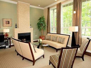 Furnished 2-Bedroom Apartment at NE 173rd Pl & 127th Pl NE Woodinville - Woodinville vacation rentals
