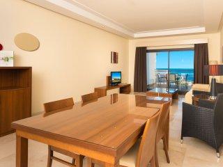 Amazing Apartment Suite & Spa. Resort 4**** - Estepona vacation rentals
