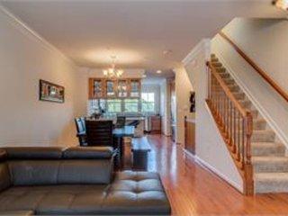 Furnished 2-Bedroom Apartment at Regents Square & Overlook Park Dr Fort Washington - Fort Washington vacation rentals